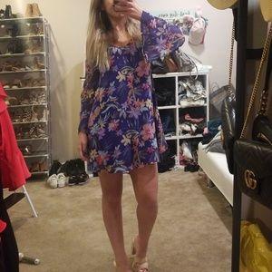 Off the shoulder bell sleeve floral dress
